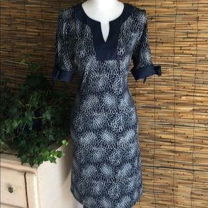 Knit dress with demon trim